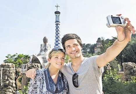 8 Ways To Travel Without Looking Like A Tourist - TopYaps | Art & Culture | Scoop.it