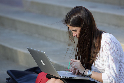 Fighting Distraction in Online Courses | Multiple Literacies and Distance Education | Scoop.it