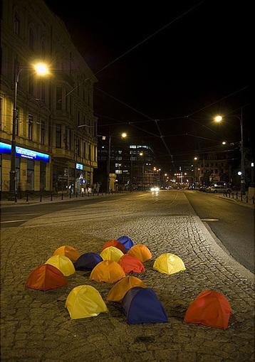 "Marcin Fajfruk: ""Refuge"" (place of retreat) | Art Installations, Sculpture, Contemporary Art | Scoop.it"
