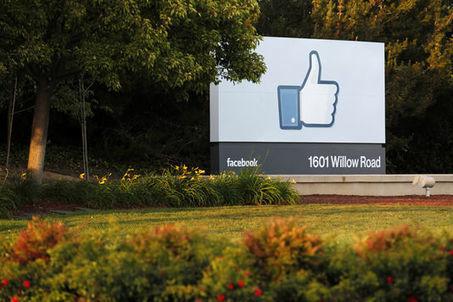 Avec ses nouvelles fonctionnalités, Facebook s'incruste toujours plus dans les amitiés | Libertés Numériques | Scoop.it
