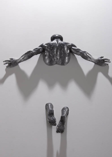 Figurative Sculptures Embedded in Gallery Walls by Matteo Pugliese | Arts graphiques | Scoop.it