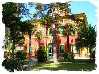 Villa Borgognoni - Jesi: an hostel inside an historical Villa in Le Marche | Le Marche Properties and Accommodation | Scoop.it