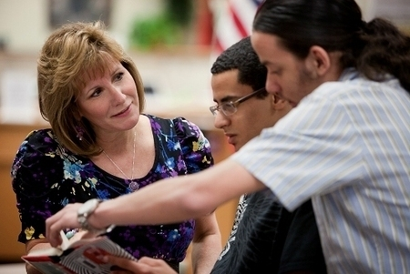 SLJ Summit 2012: Full-Time School Librarians Boost Student Test Scores in Reading, Writing, Says PA Report | School Library Journal | School Libraries and Academic Achievement | Scoop.it