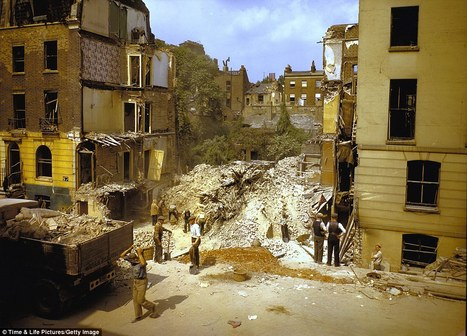Colour pictures revealed of London blitz from Nazi bombers in World War II | GenealoNet | Scoop.it