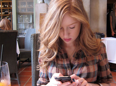 L.A. Restaurant Will Pay You Not to Use Your Phone at Dinner | It's Show Prep for Radio | Scoop.it