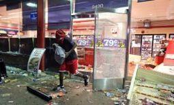Aumenta tensión racial EEUU tras muerte joven negro a manos de policía - Latercera | Seguridad | Scoop.it