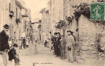 La Grand-rue de Mézel (04)   GeneProvence   Rhit Genealogie   Scoop.it