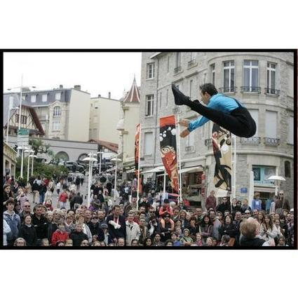 Spectacle de cirque - Burlesque Acrobates PRICE & McCOY | Acteur-fete.com | Scoop.it
