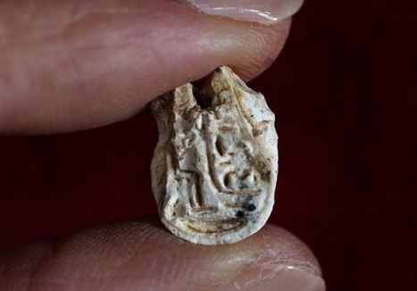 Israeli hiker discovers 3,500-year-old Egyptian seal in Galilee | Jewish Education Around the World | Scoop.it