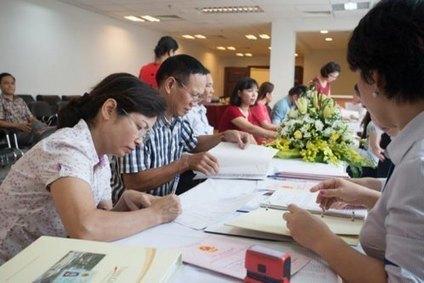 Vinhomes bàn giao sổ đỏ đợt 2 cho khách hàng | Căn hộ Vinhomes | Vinhomes Central Park Sài Gòn | Vinhomes Central Park | Scoop.it