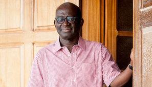 Professeurs sans frontières : Mamadou Diouf, histoire d'un exil constructif | Veille Education | Scoop.it