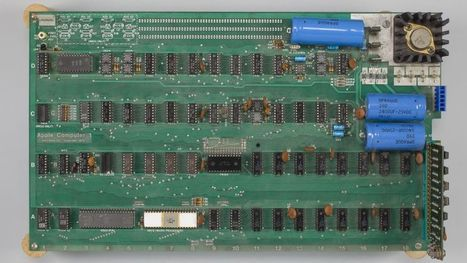 Apple-1 computer sold at auction for $905,000 | Xposing e-commerce, fashion & unique items. | Scoop.it
