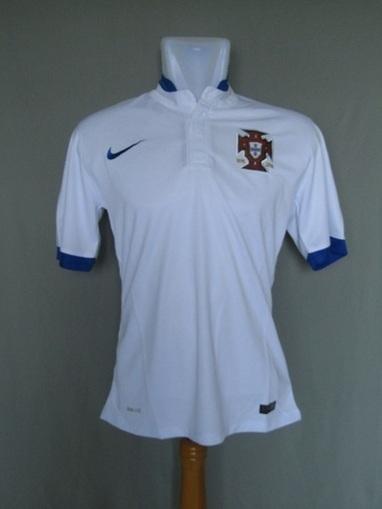 Jual Jersey Portugal Away 2013 2014 | Jersey Bola Grade Ori | Baju Bola | jersey | Scoop.it