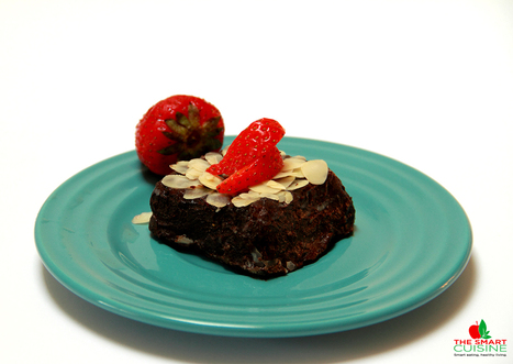Raw-vegan chocolate almond cake - The Smart Cuisine | Organic News & Devon's Worldviews | Scoop.it