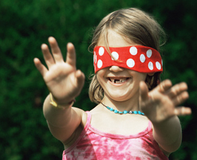 Comment choisir un jeu pour un enfant aveugle ? | psychomotricité | Scoop.it