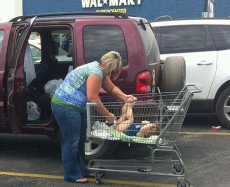 Photo of the Day: Woman changes baby's diaper in shopping cart   In Today's News of the Weird   Scoop.it