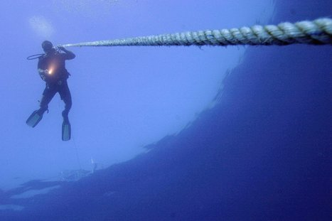 What Were Egypt's Divers Up To With Underwater Cables? | Égypte-actualités | Scoop.it