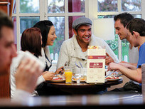 [UK] Pub, bar and restaurant visits rise but 'Generation Y' eat and drink out less | Digital Natives | Scoop.it