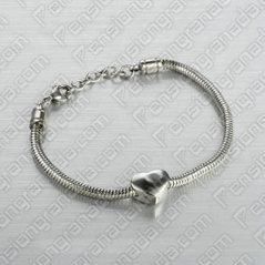 Replica Cartier Love Bracelet | pensiongranada | Scoop.it