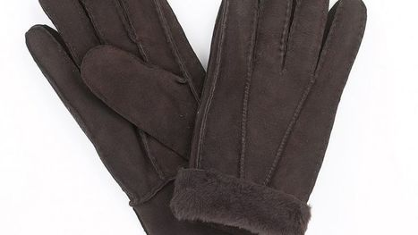 Go bold and beautiful this winter season with sylish winter gear - Sheepskin Gloves   Sheepskin Slippers and Boots   Scoop.it