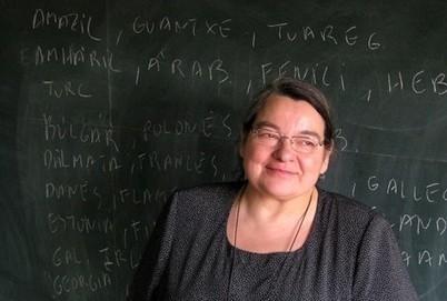 Carme Junyent: 'Que s'acabi aquesta comèdia de desdoblar en masculí i femení' | Recull diari | Scoop.it