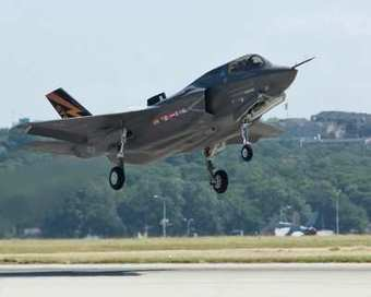 F-35B Completes First Airborne Engine Start Tests | Aero-News Network | Military Tech | Scoop.it