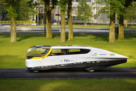"""Stella, The First 4-Seater, Solar-Powered Car Hits The Road (""""can run 500 miles on a single charge"""") 