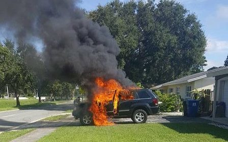 Lithium-Ion battery fire-Samsung Note 7 explodes setting Jeep on fire: How to check your phone is safe | carsalesbay.co.uk ----- Used car sale UK ------    Sell your car online FREE | Scoop.it