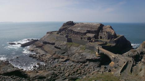 Bretagne - Finistère :  Le fort des Capucins (6 photos) | photo en Bretagne - Finistère | Scoop.it
