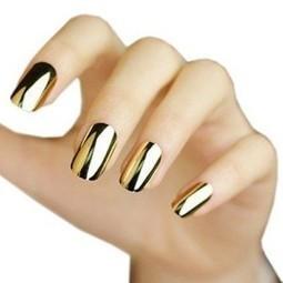 Metallic Nail Polish | Victoria Haneveer | Fashion and Looking Great | Scoop.it