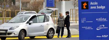 "Covoiturage : les sociétés d'autoroute s'emparent du sujet | ""green business"" 