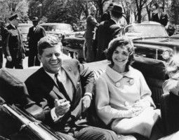 In the Loop: Clinton adviser thought Russia 'doctored' JFK papers | Current Political Climate in US | Scoop.it