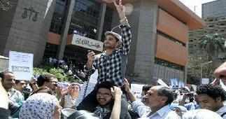 Ahmed Douma : Nous ne nous opposerons pas à Morsi avant 100 jours | Égypt-actus | Scoop.it