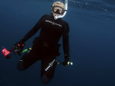 Scuba Diver Girls   SDG Diving Fun with the DryLite   Undersea Discoveries   Scoop.it
