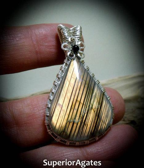 Wire Wrapped Stone Peach Labradorite Gemstone Pendant | Wire Wrapped Stone | Scoop.it