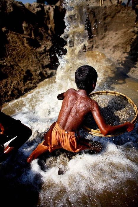 Angels in hell – Un photographe capture le travail des enfants au Bangladesh | Léa Benatar | Scoop.it