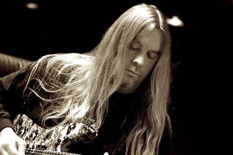 Slayer's Jeff Hanneman Snubbed During Grammy 'In Memoriam' Tribute   artist development   Scoop.it