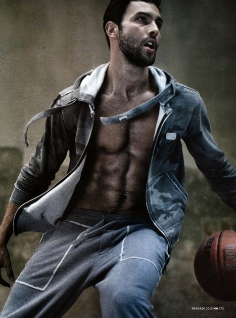 MEN'S HEALTH ITALIA | Noah Mills | By Arash Radpour. January 2013 | QUEERWORLD! | Scoop.it