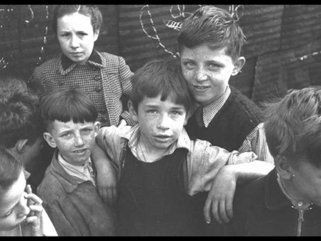 Poignant 1950s photos capture powerful images of Dubliners - IrishCentral | Leica | Scoop.it