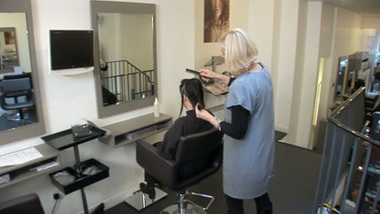 BBC - Skillswise - Hair, beauty and fashion jobs | E learning Tools for Functional English | Scoop.it
