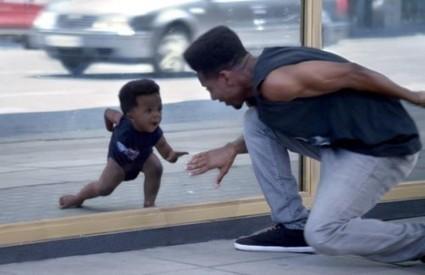 Evian et ses bébés: des campagnes jusqu'à plus soif ? | elaee | L'univers de l'emploi, un voyage très vaste | Scoop.it