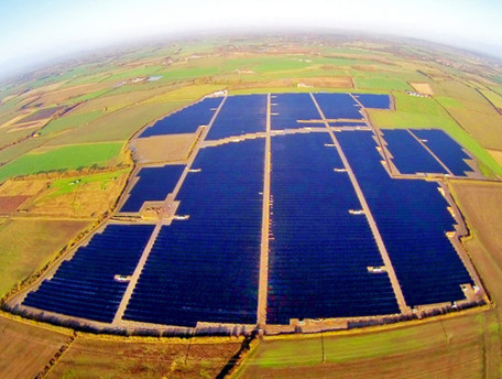 The UK's largest solar farm just switched online for the first time - Inhabitat (blog) | Farming the Sun | Scoop.it