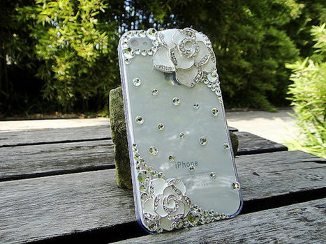 iPhone 4S/4 case Flower Charm Crystal Stylish Case Cover | bling iphone case | Scoop.it