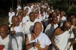Visakha Bucha Day or Vesak Day | Amazing Thailand Travel | Year 3 History: National Days and Celebrations - Thailand | Scoop.it