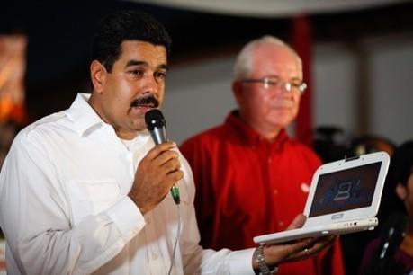 Liceístas reciben sus computadoras Canaimas en el estado Anzoátegui | Blog de Nicolas Maduro | administracion | Scoop.it