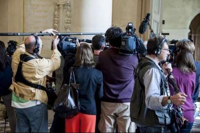 Journaliste, un métier sens dessus-dessous | Emploi Métiers Presse Ecriture Design | Scoop.it
