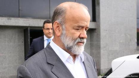 Brazil governing party treasurer Vaccari arrested in Petrobras corruption case | News | DW.DE | 16.04.2015 | Business Video Directory | Scoop.it