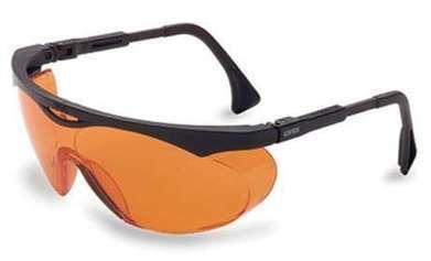 ¿En verdad ayudan al descaso los lentes de color anaranjado? | Salud Visual 2.0 | Scoop.it