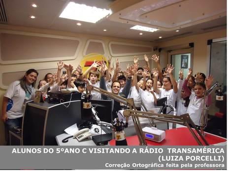 ALUNOS DA ESCOLA SANTI FORAM CONHECER A RÁDIO TRANSAMÉRICA | 5o C | Scoop.it