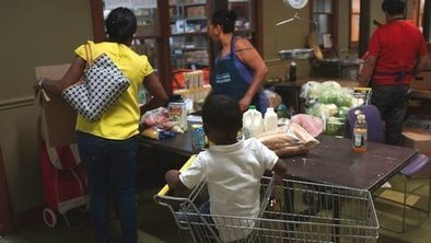 US cuts food aid benefits for poor | food at school | Scoop.it